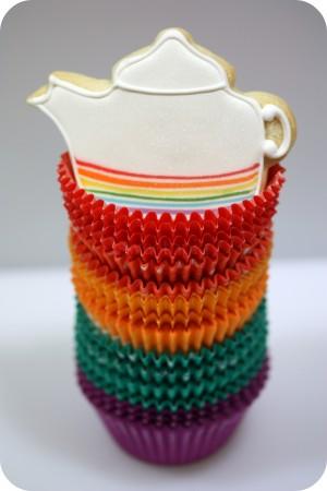 rainbow-stripe-tea-pot