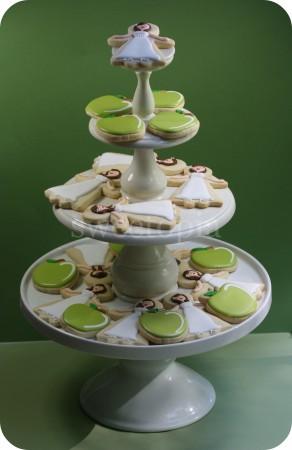 bridal-shower-cookie-tier