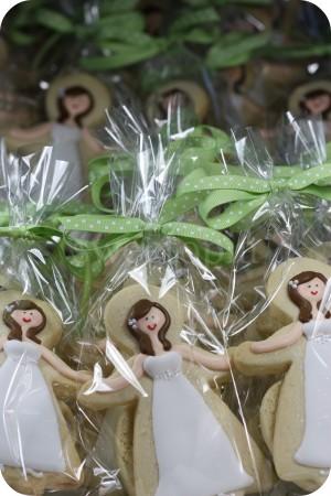 brides-lots-of-cookies