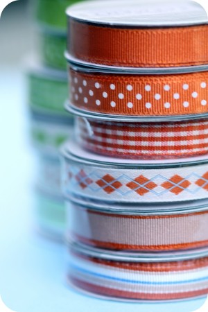 orange green ribbon