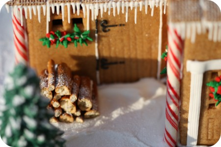 ginger bread house icicles