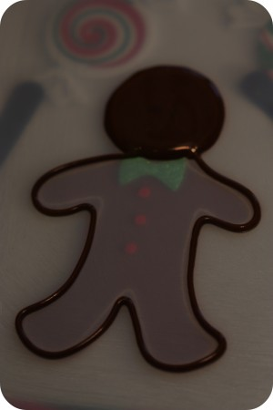 outline of floodwork gingerbread man